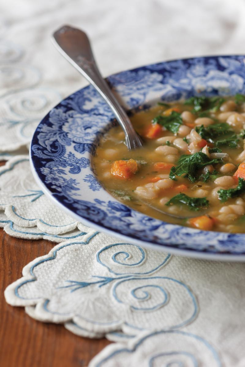 White bean soup with kale recipe high in lutein and zeaxanthin